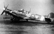 Asisbiz Spitfire MkIX RAF 402Sqn AEW Lorne Cameron BS152 Aug 1942 02