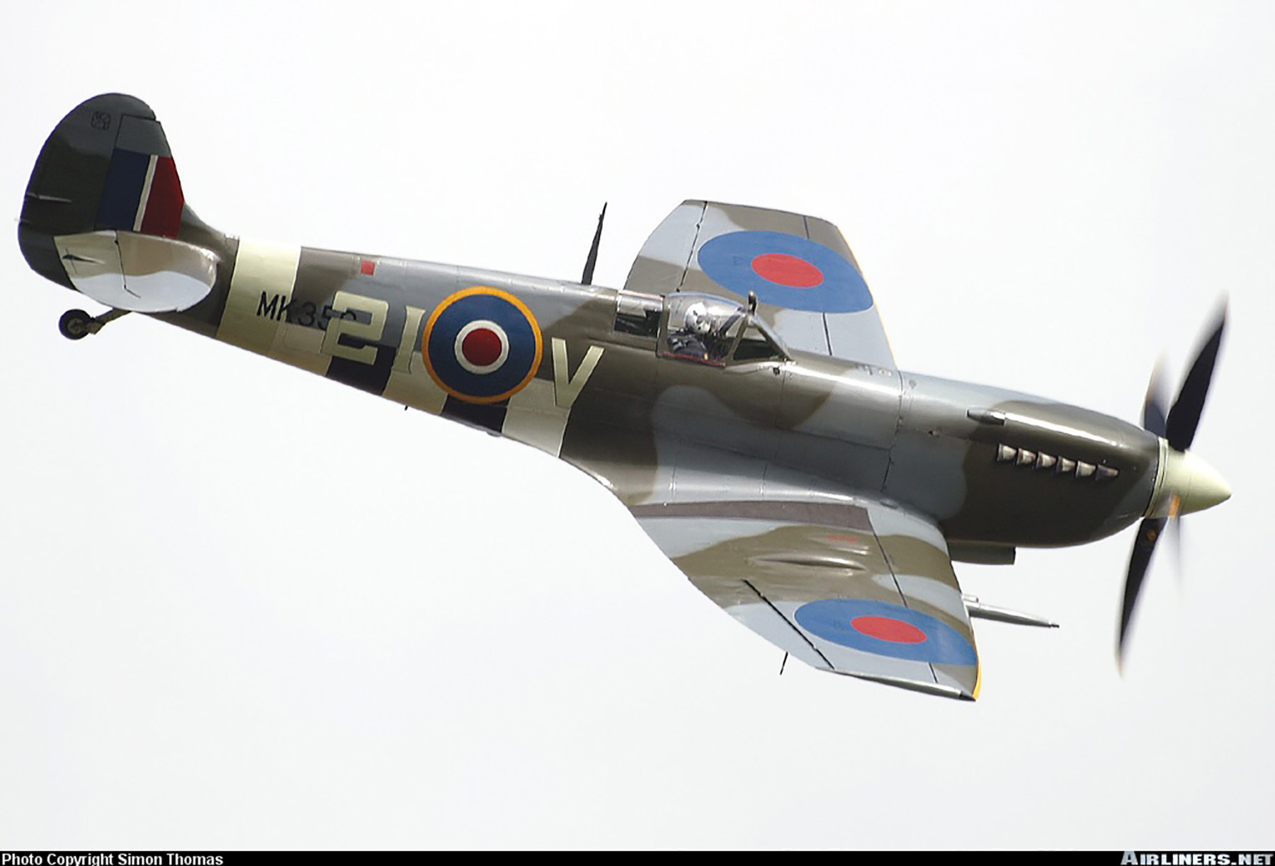Airworthy Spitfire warbird MkIXe RCAF 443Sqn 2IV MK356 05