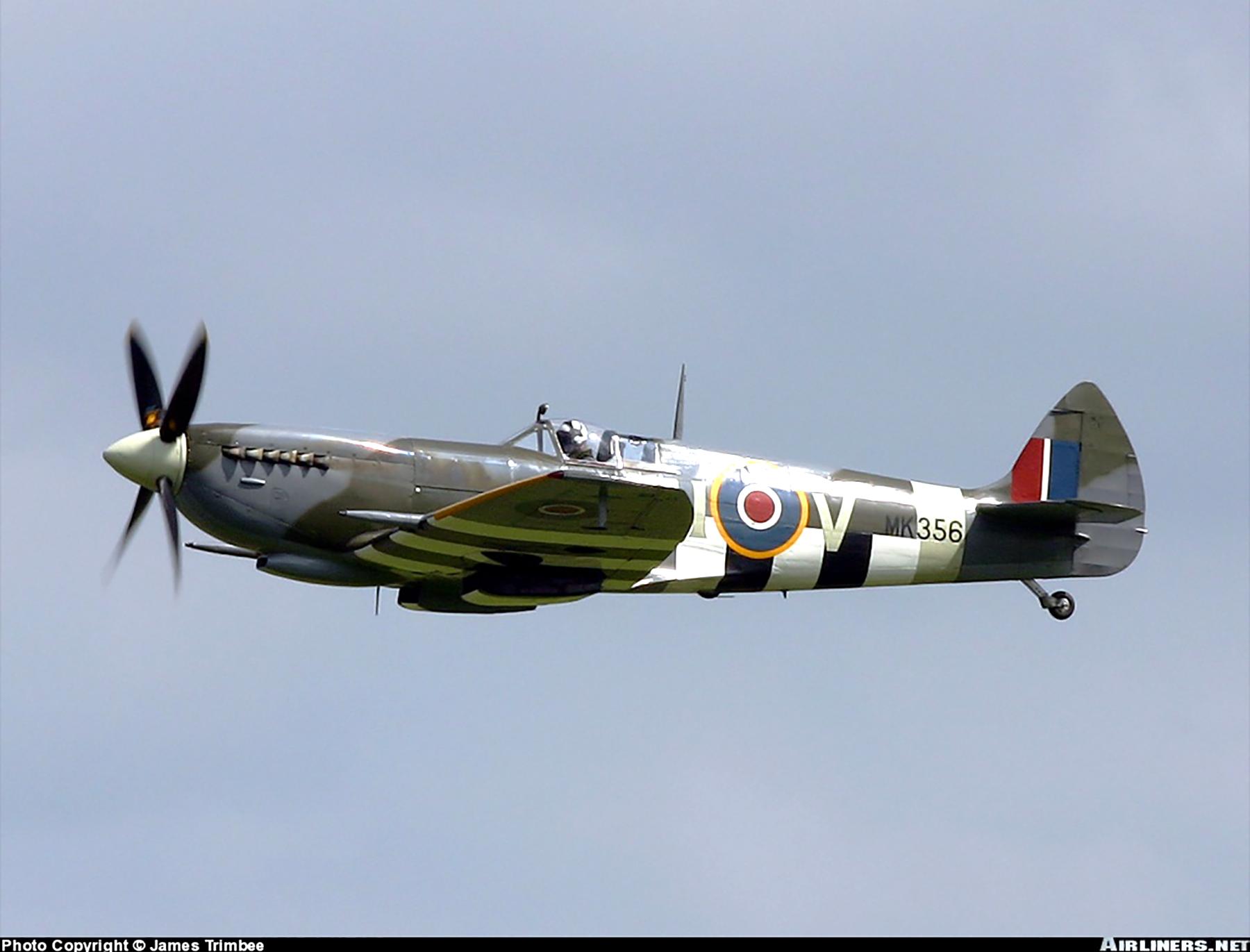 Airworthy Spitfire warbird MkIXe RCAF 443Sqn 2IV MK356 09