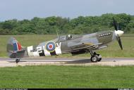 Asisbiz Airworthy Spitfire warbird MkIXe RCAF 443Sqn 2IV MK356 03