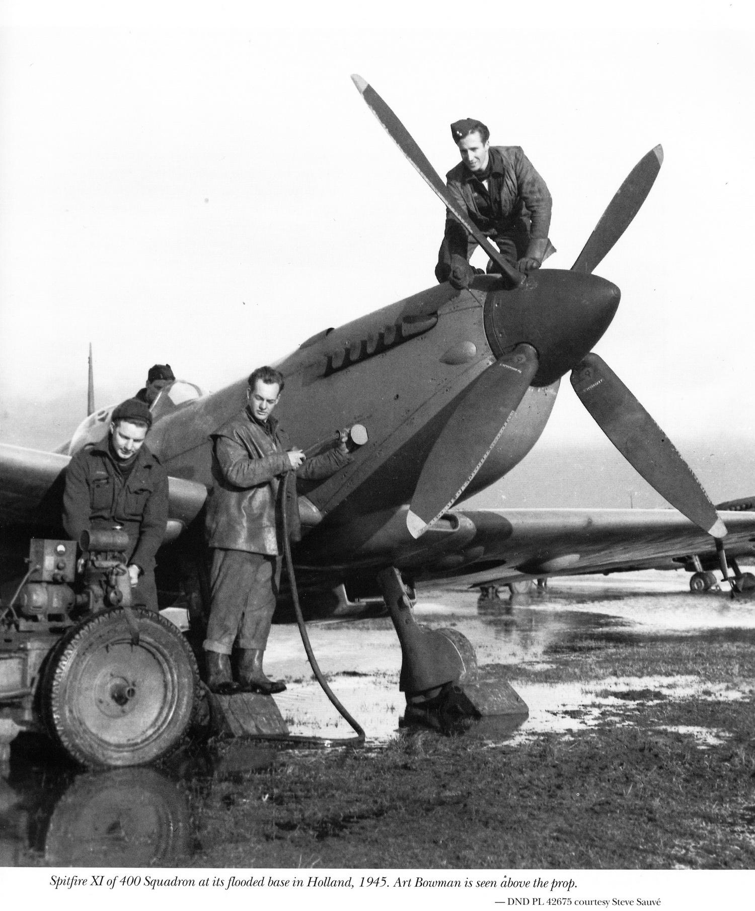 Spitfire MkIX RCAF 400Sqn Holland 1945 01