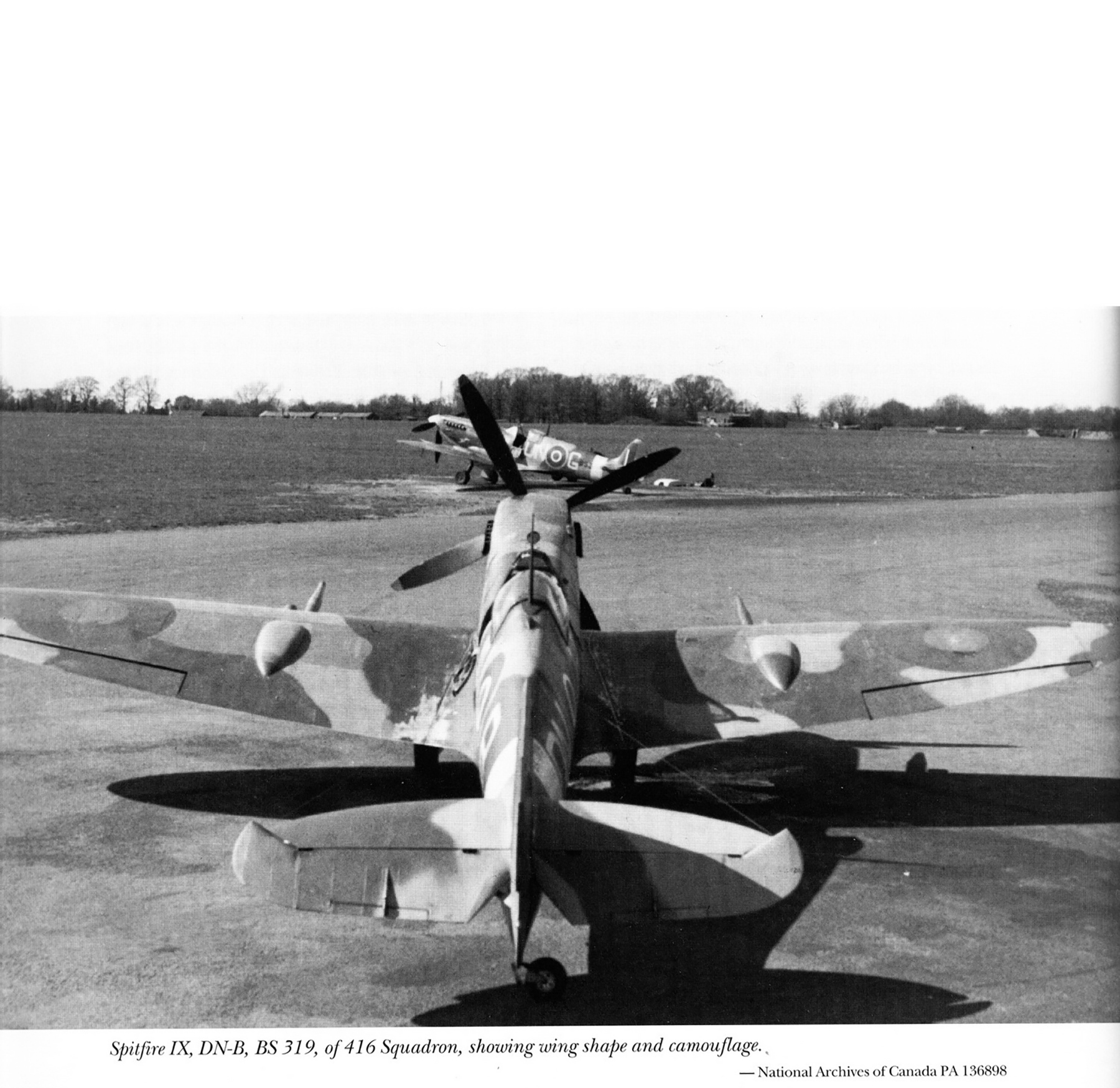 Spitfire MkIX RCAF 416Sqn DNB BS319 with DNG England May 1943 01