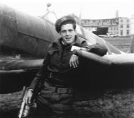 Asisbiz Aircrew RCAF 442Sqn Neil Burns 01