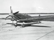 Asisbiz Supermarine Seafire XV RCAF 01