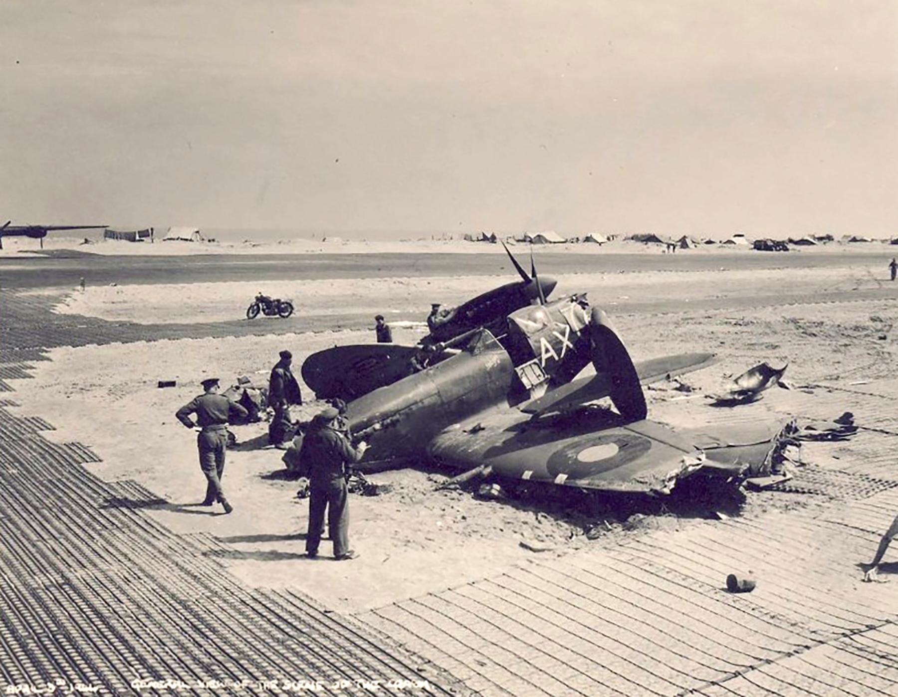 Spitfire MkIX SAAF 1Sqn AX crash site 01