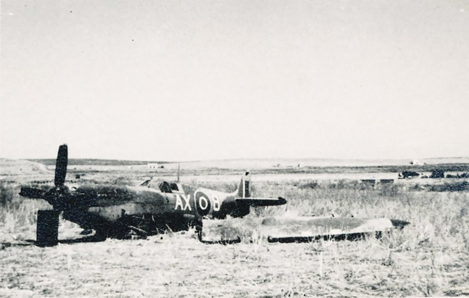 Spitfire MkIX SAAF 1Sqn AX8 Robbie Robinson EN286 Luqa Malta Jun 1943 07