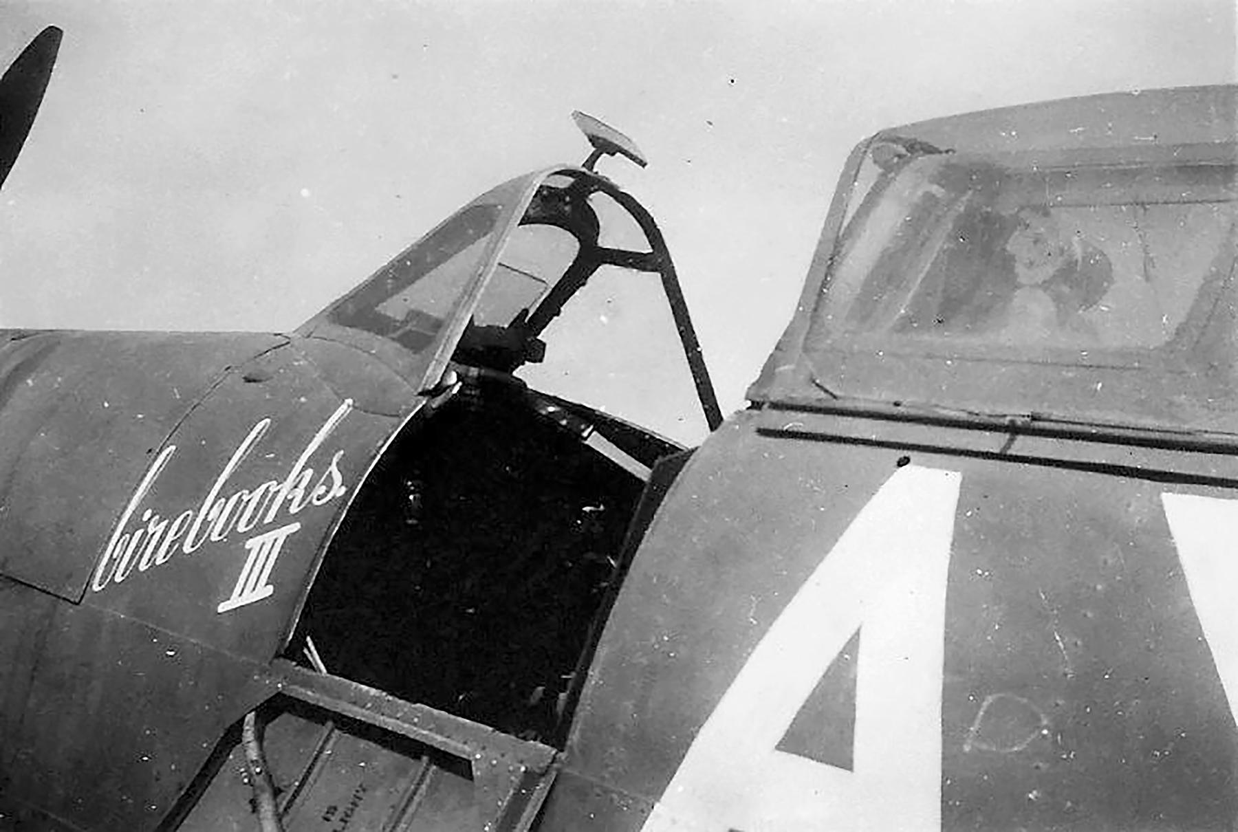 Spitfire MkVbTrop SAAF 1Sqn AXN ER214 Tunisia 1943 03