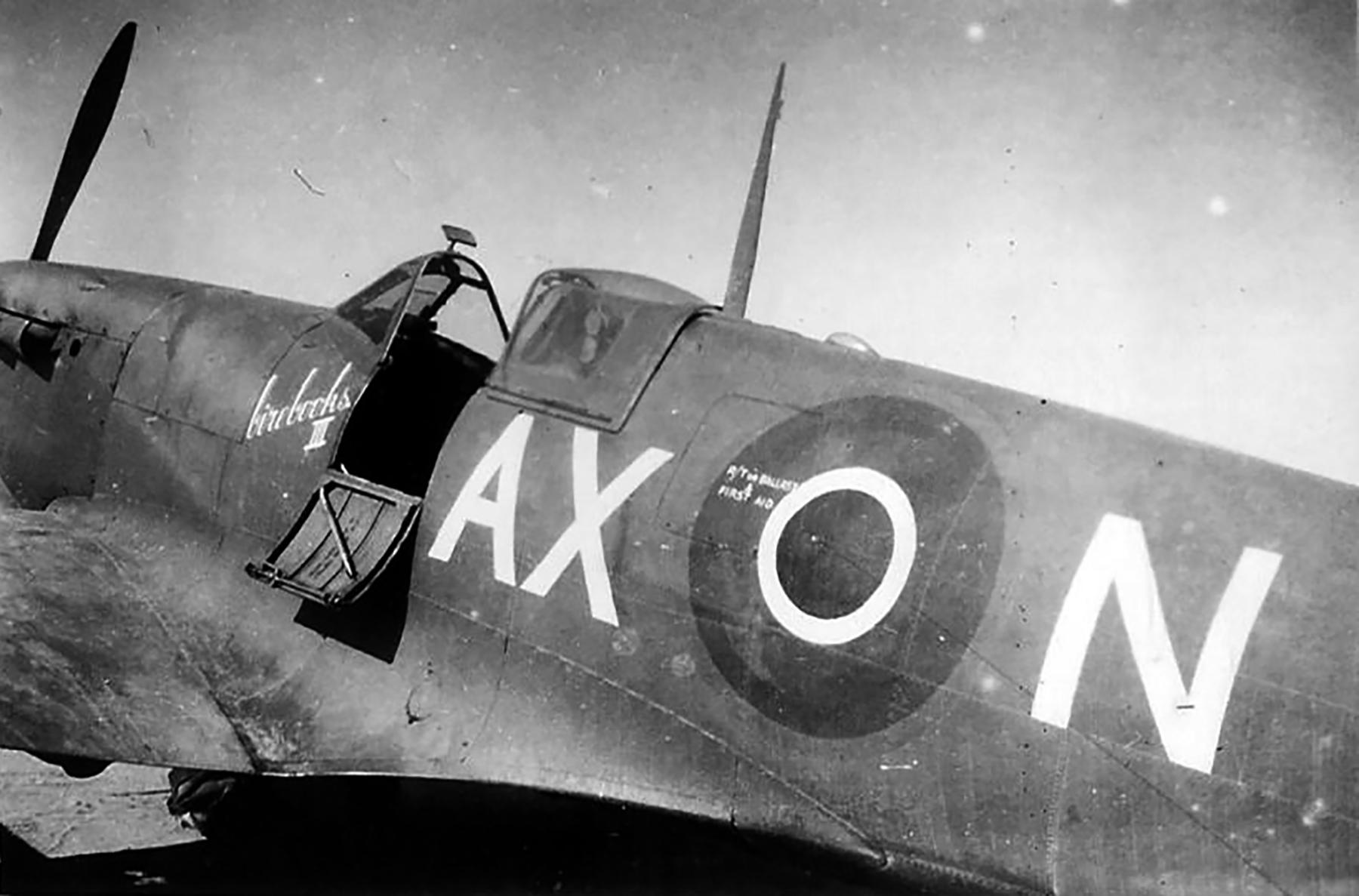 Spitfire MkVbTrop SAAF 1Sqn AXN ER874 Goubrine Tunisia 1943 06
