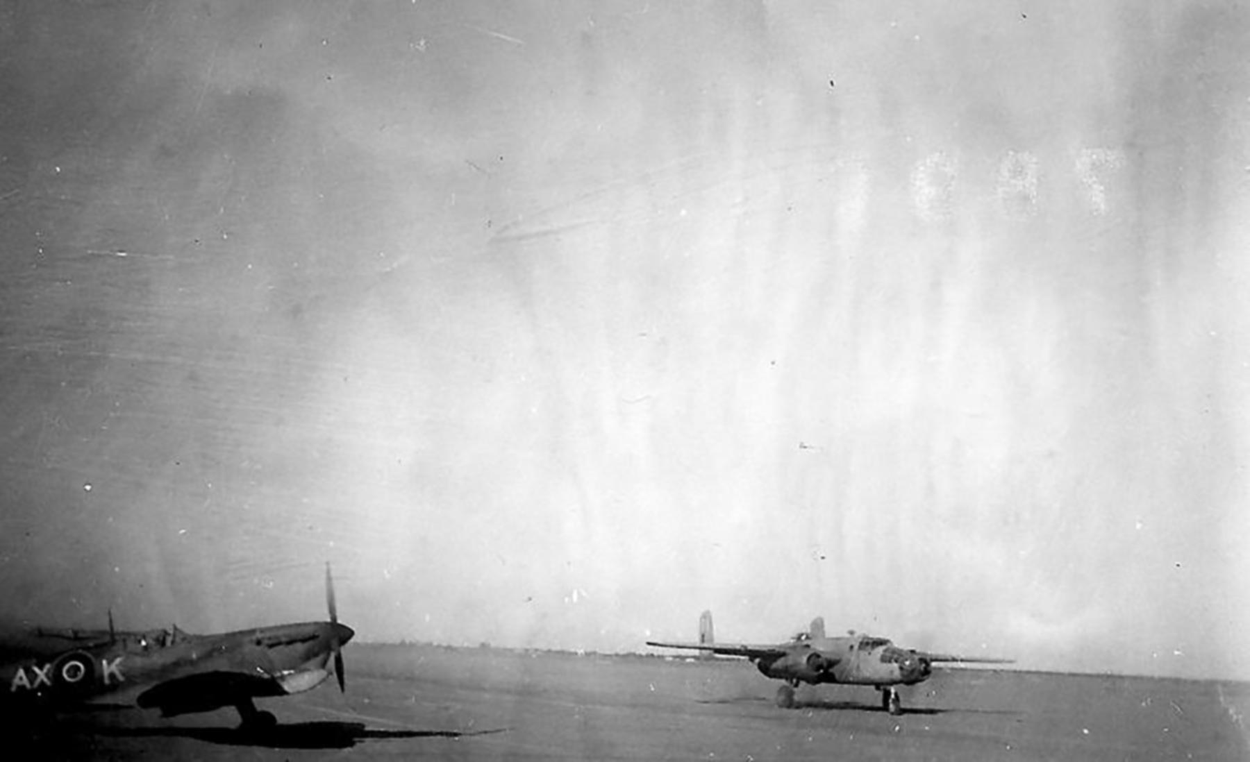 Spitfire MkVcTrop SAAF 1Sqn AXK Tunisia 1943 01