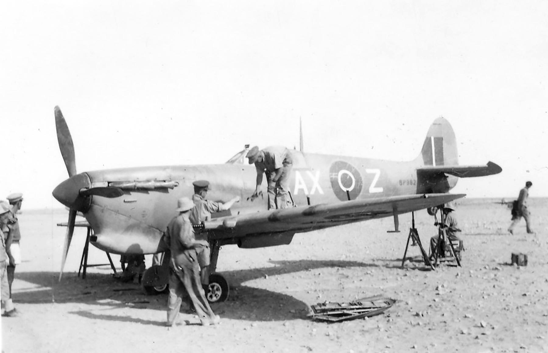 Spitfire MkVcTrop SAAF 1Sqn AXZ BP982 Italy 1943 01