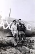 Asisbiz Spitfire SAAF 1Sqn AXG Italy 1943 01