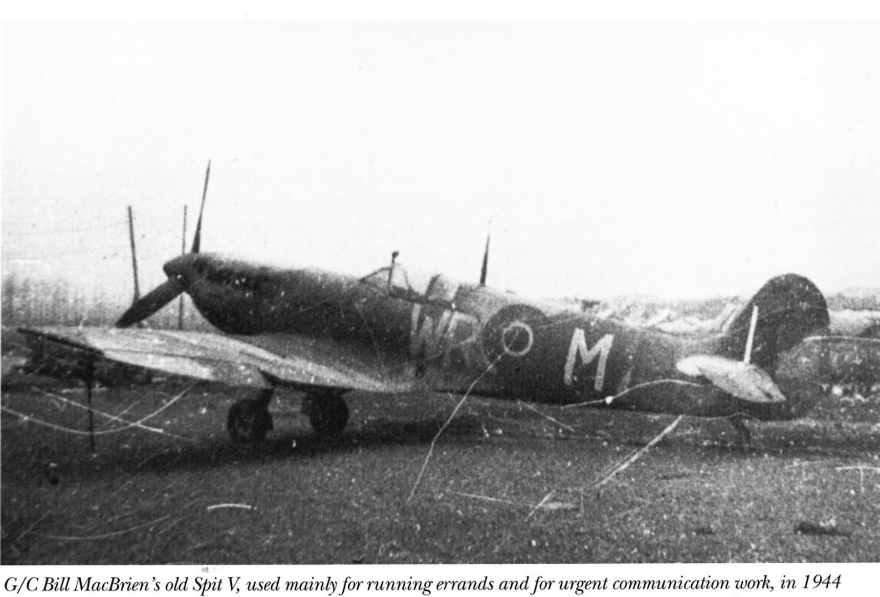 Spitfire LFVb SAAF 40Sqn WRM RCAF Bill MacBriens 1944 01