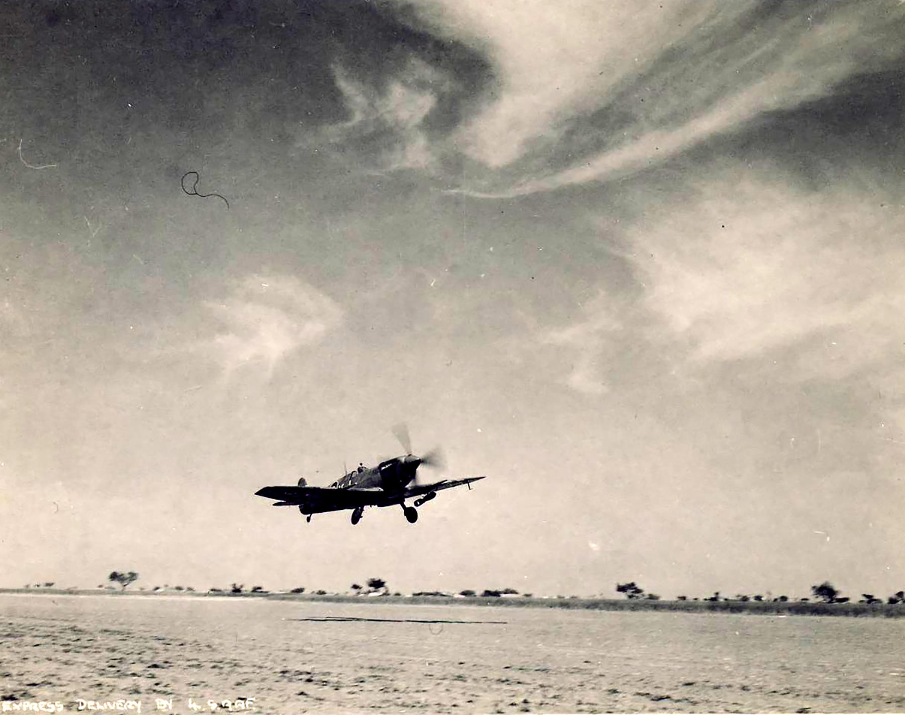 Spitfire LFIX SAAF 4Sqn KJJ Italy 1945 01