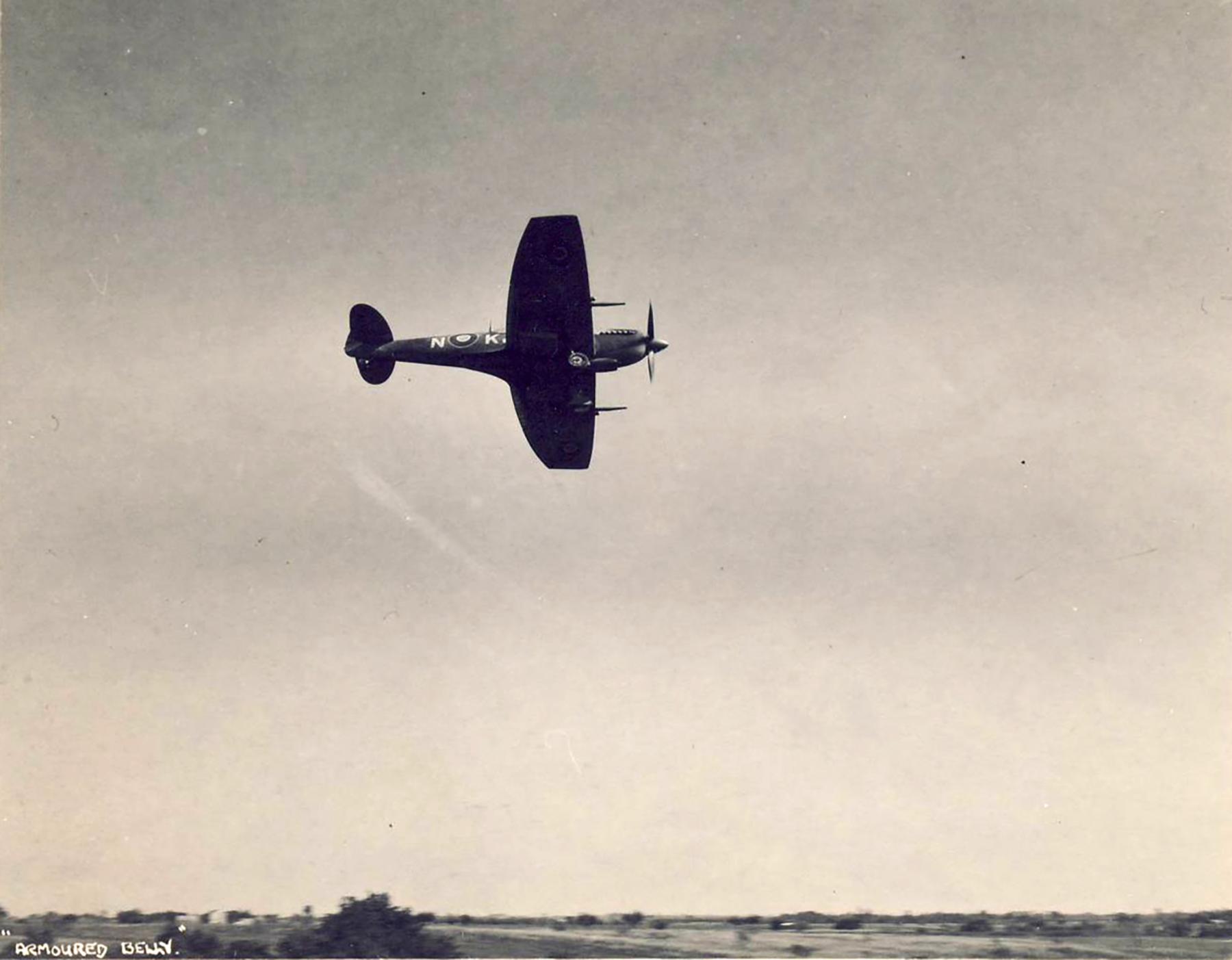 Spitfire LFIX SAAF 4Sqn KJN Italy 1945 01