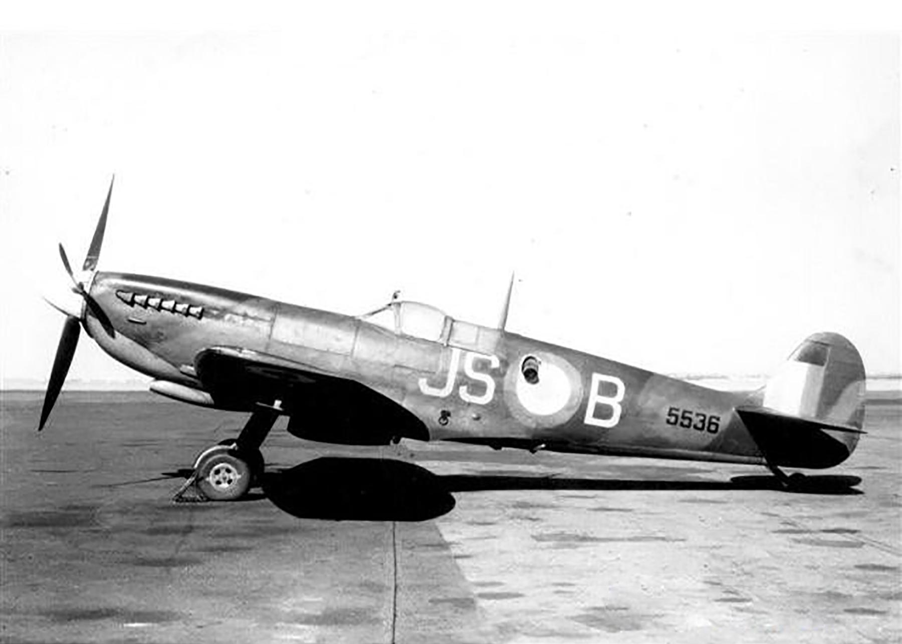 Spitfire LFIX SAAF AFS 60PSS JSB 5536 Swartkop 1949 01