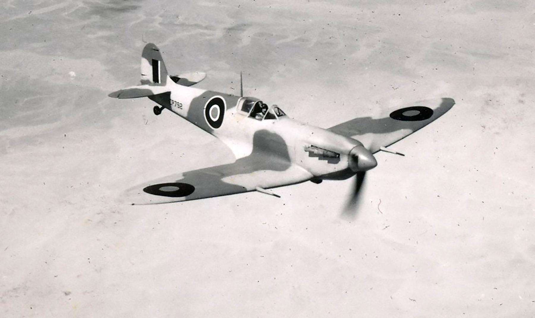 Spitfire MkVc SAAF 73OTU ER934 Egypt 01