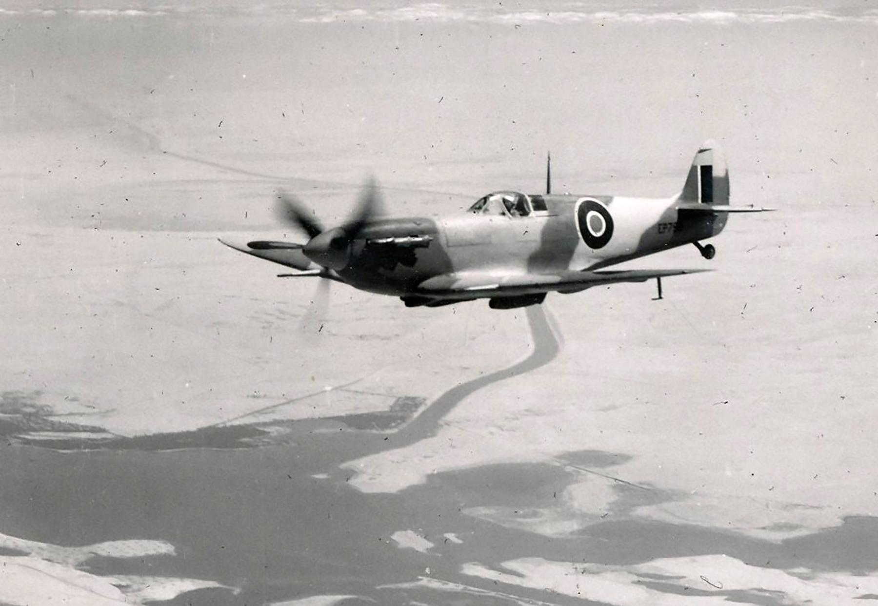 Spitfire MkVc SAAF 73OTU ER934 Egypt 02