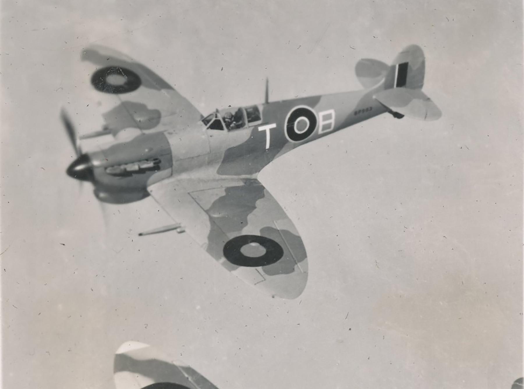 Spitfire MkVcTrop SAAF 73OTU TB over Egypt 01