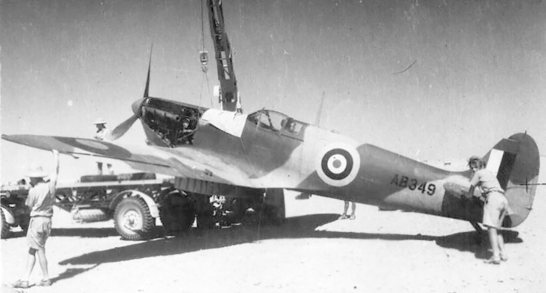 Spitfire MkVcTrop SAAF AB349 01