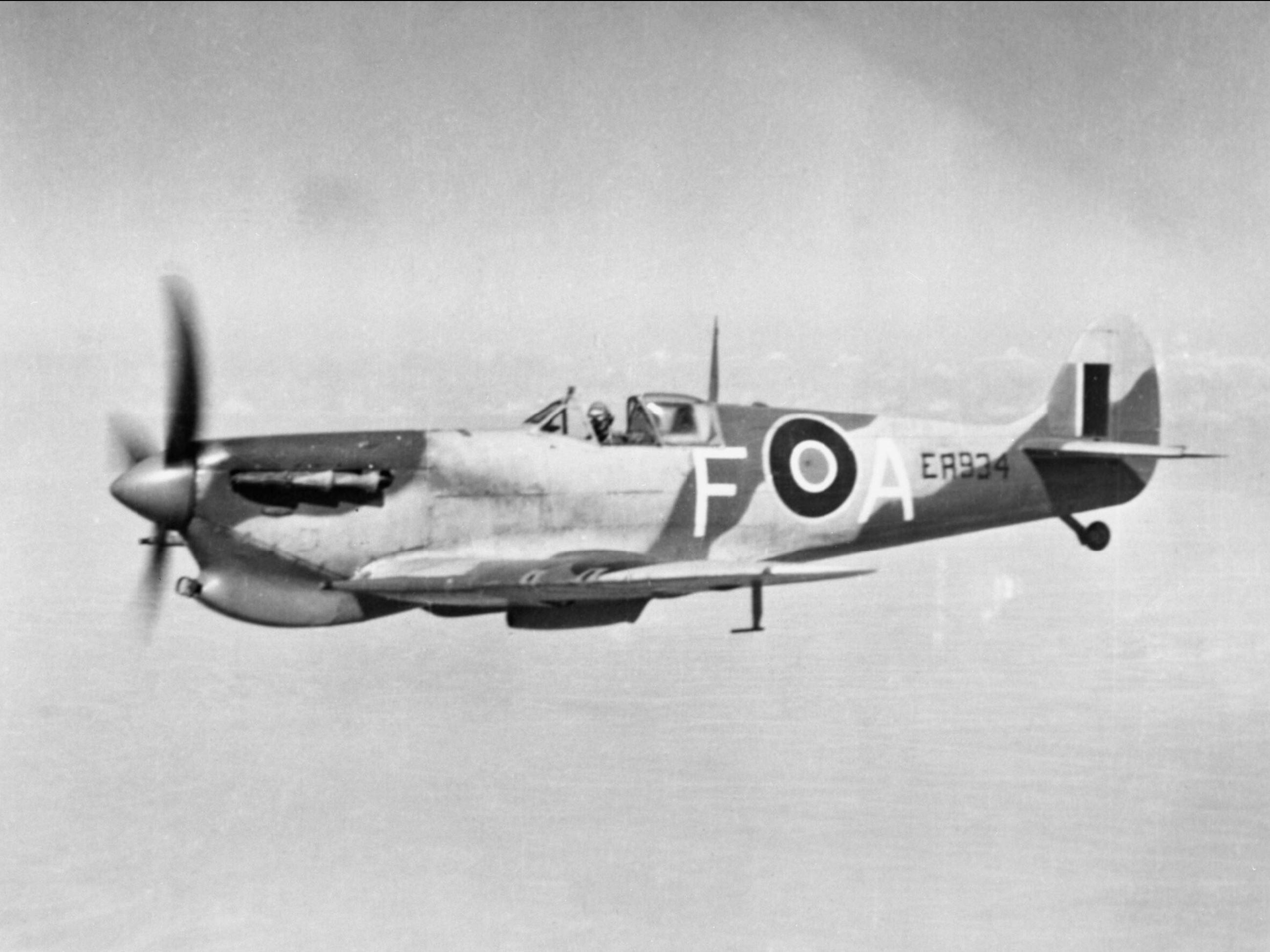Spitfire Vc RAF FA ER934 over Egypt transfering to SAAF 73OTU IWM HU73185