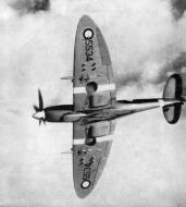 Asisbiz Spitfire MkIX SAAF AFS 5534 Swartkop 1949 01