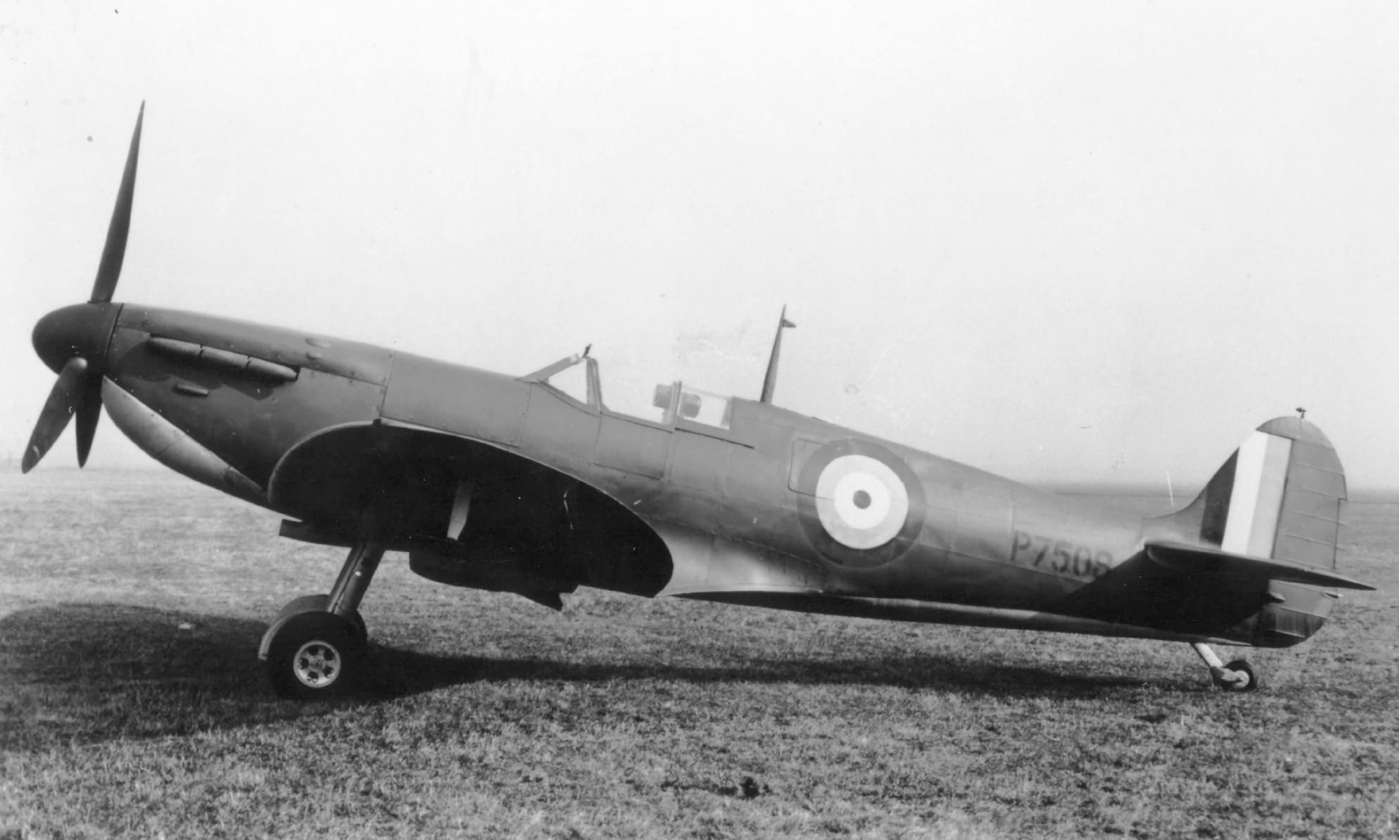 Factory fresh Spitfire MkIa P7508 showing black wing half tone camouflage in flight April 1940 web 01