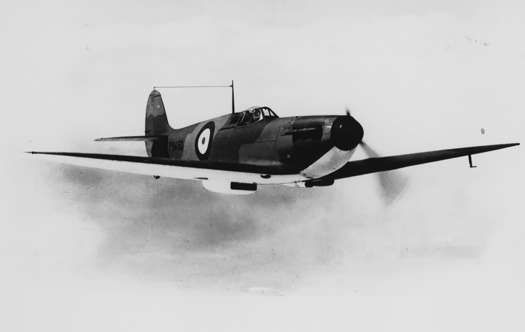 Factory fresh Spitfire MkIa P9450 showing black wing half tone camouflage in flight April 1940 web 02