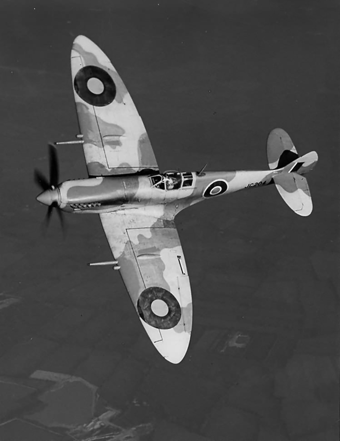 Factory fresh Spitfire MkVIII RAF JC204 in Flight web 01