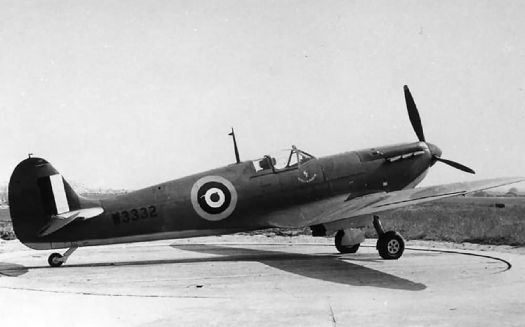 Factory fresh Spitfire MkVb RAF W3332 1941 web 01