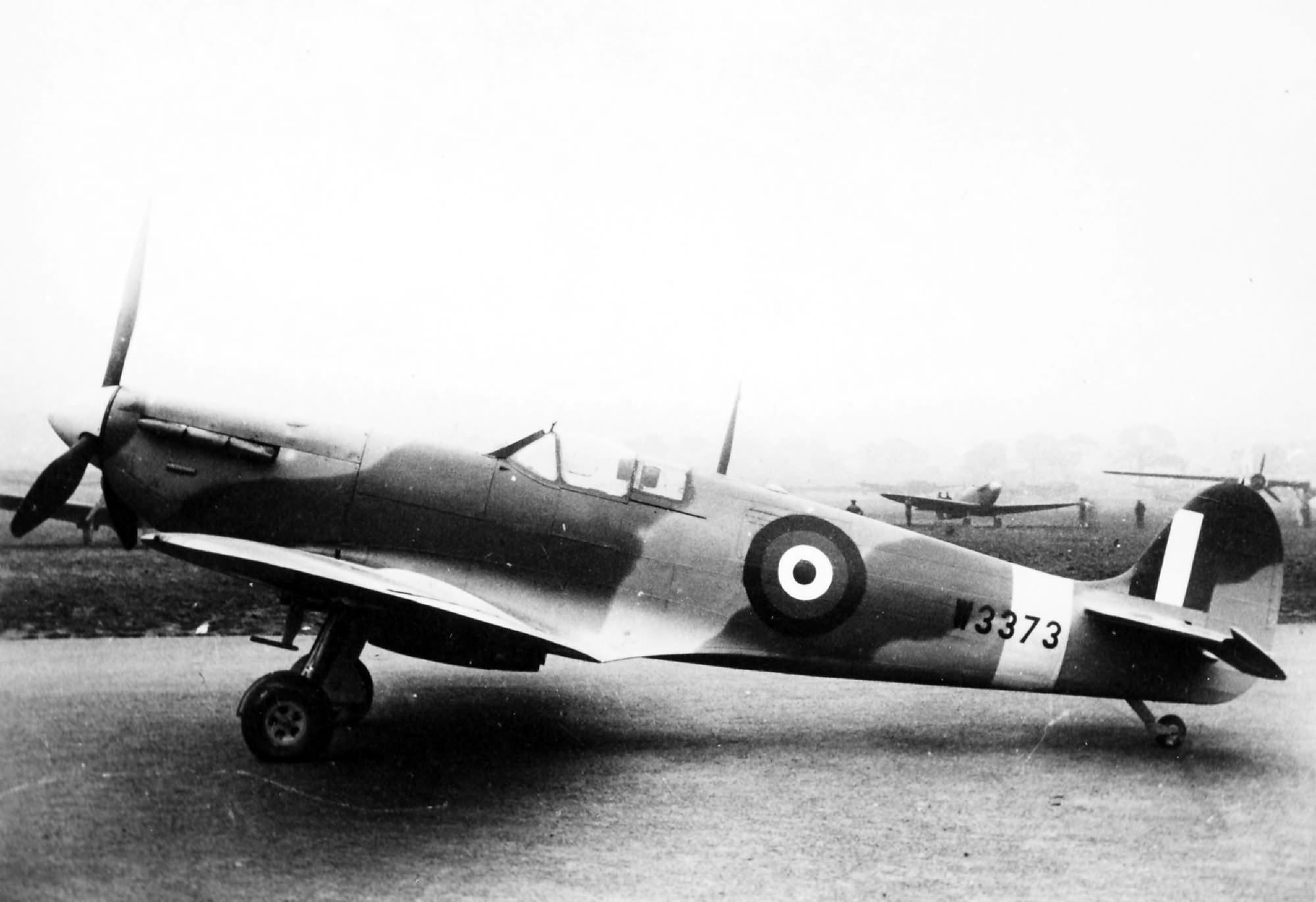 Factory fresh Spitfire MkVb RAF W3373 England web 01