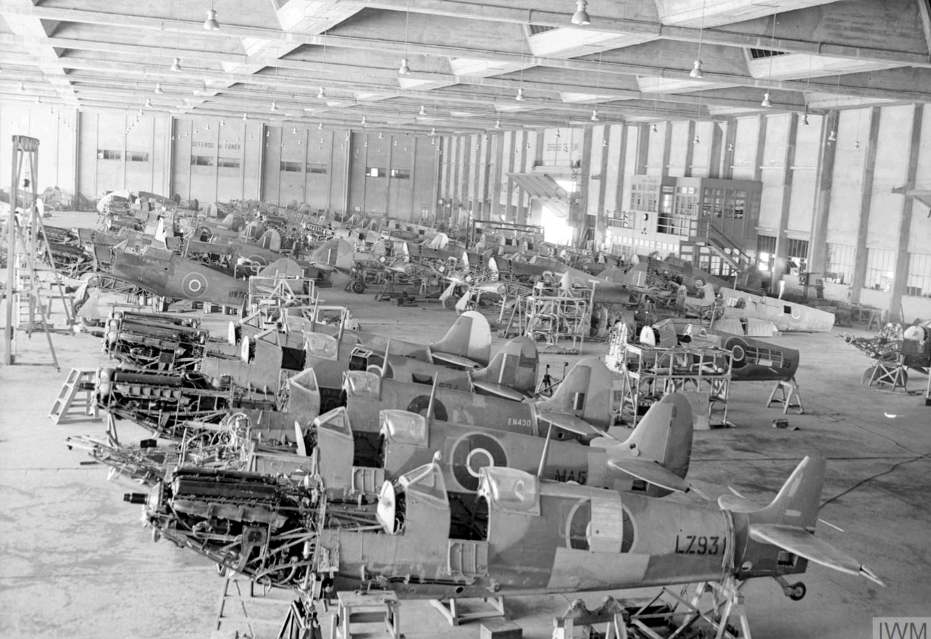MU Spitfires RAF 144 Maintenance Unit at Maison Blanche Algeria IWM CNA2243