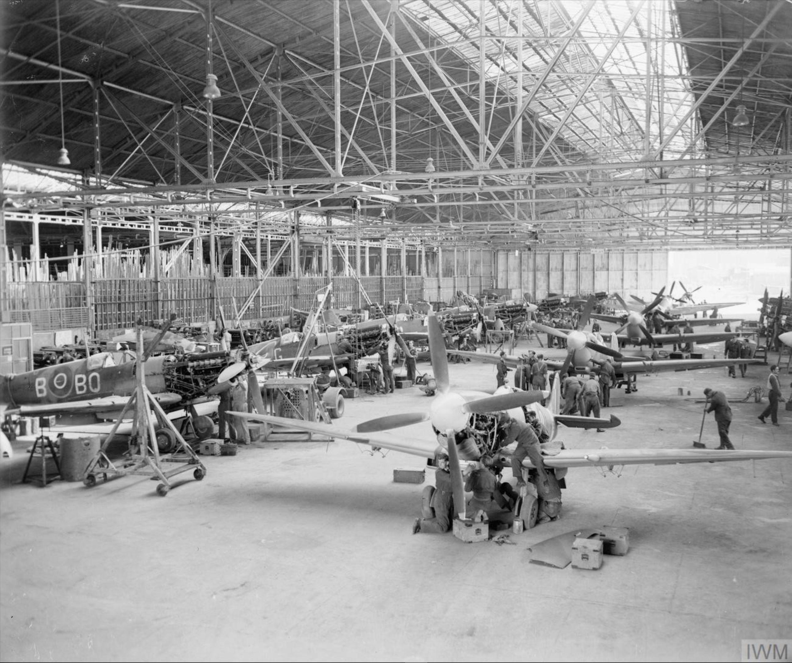 MU Spitfires at RAF 156 Maintenance Unit Blida Algeria 1944 IWM CNA3305