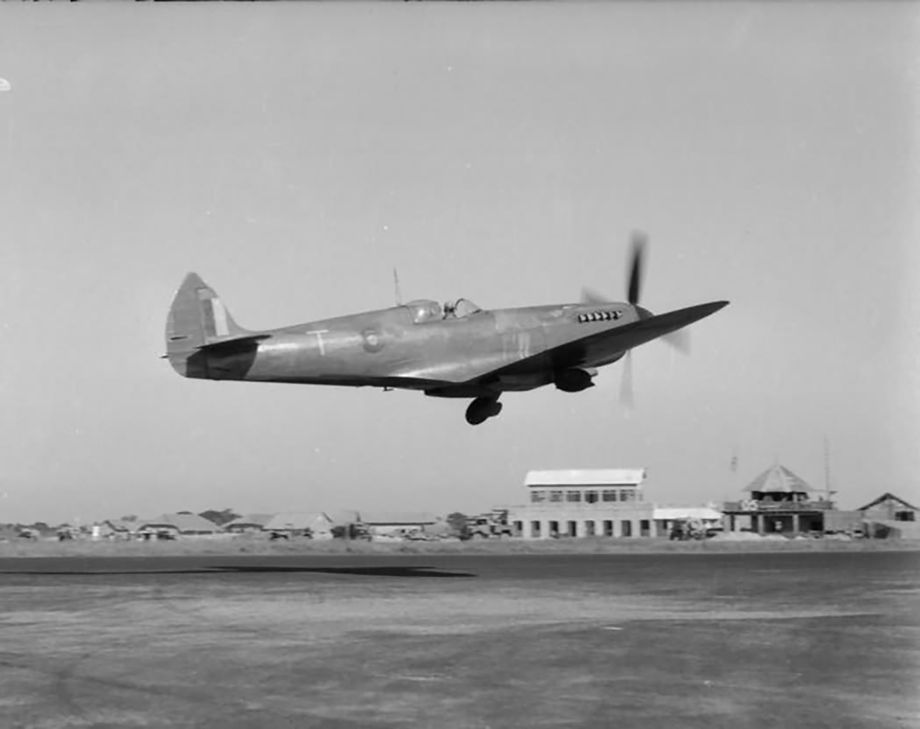 Recon Spitfire PRXI RAF 681Sqn T taking off from Chittagong India web 01