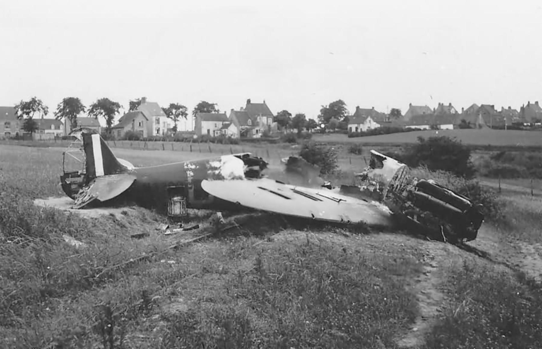 Spitfire MkI destroyed over France during the Battle of France May 1940 web 01