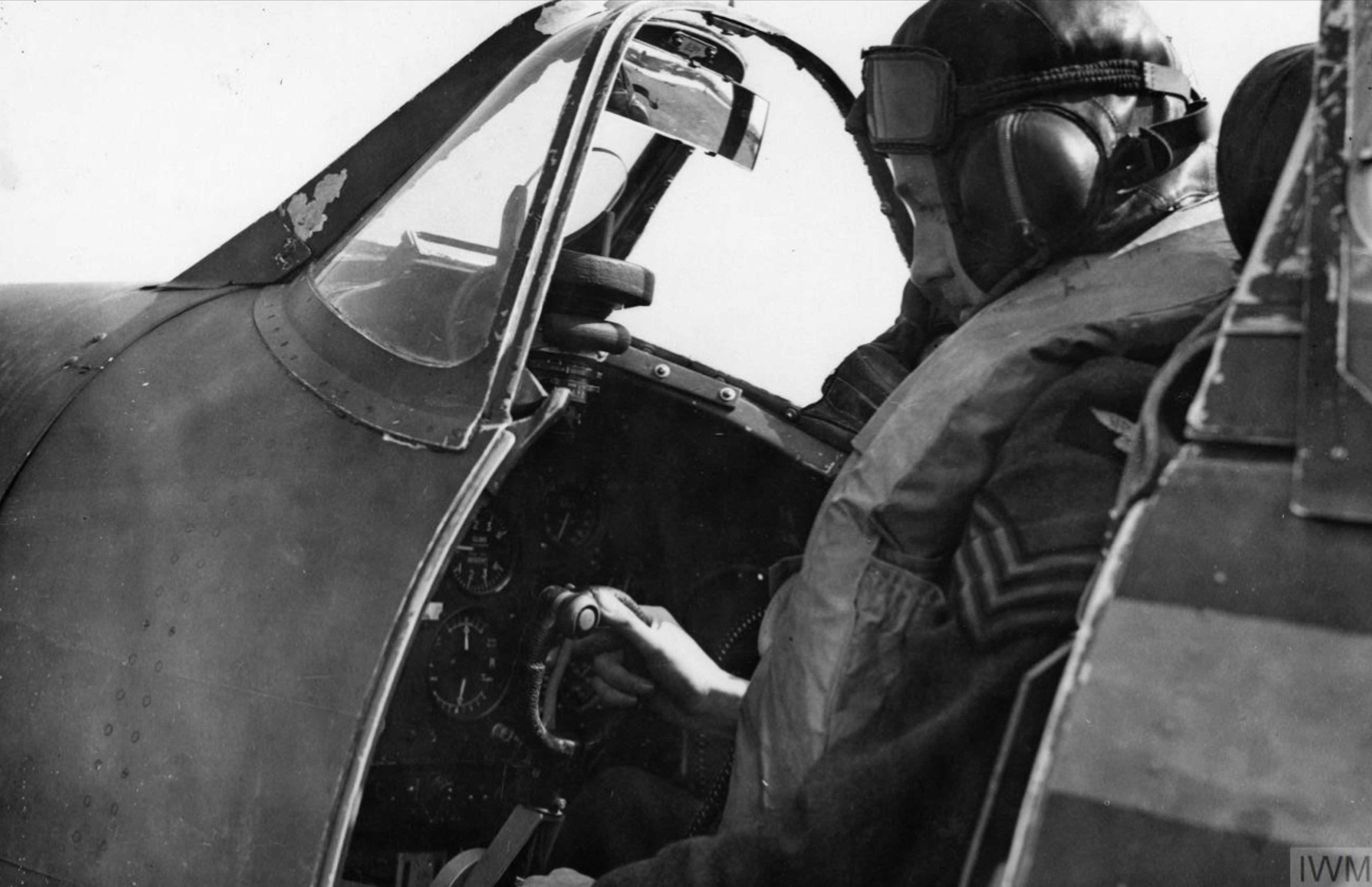 Spitfire MkI pilot and cockpit profile photo IWM HU104502