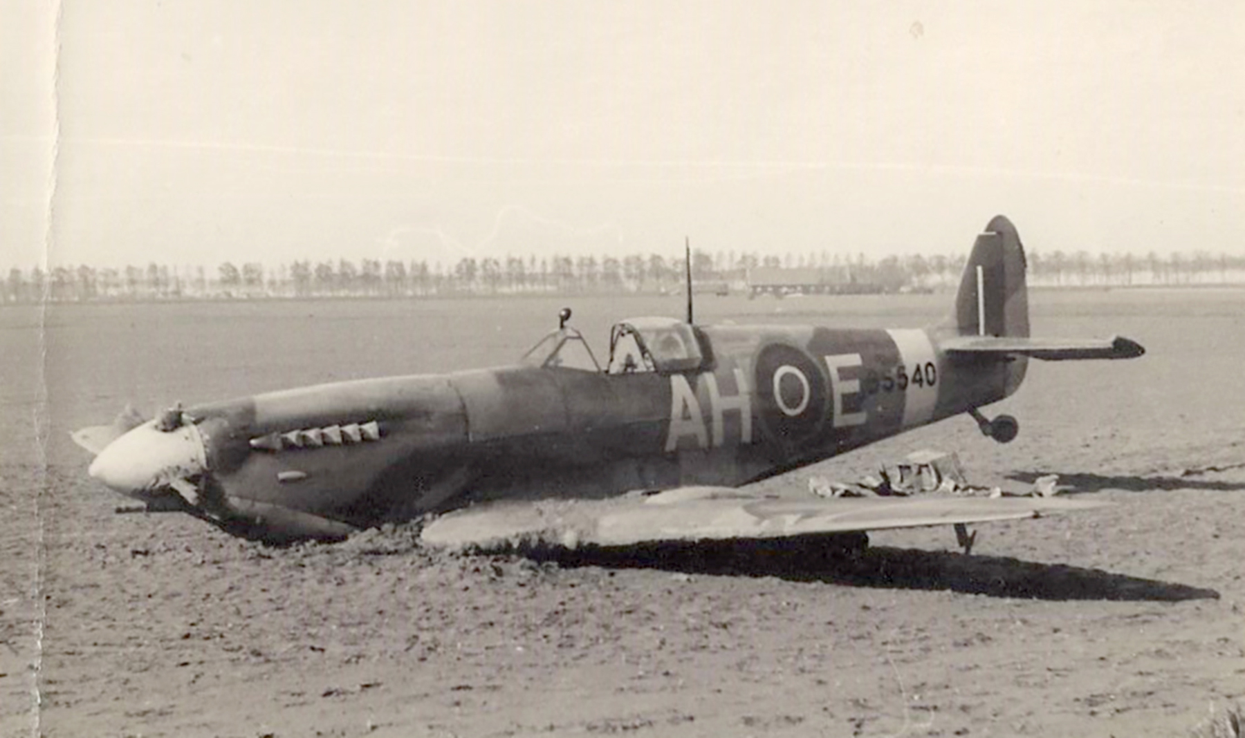 Spitfire MkIX RAF 332Sqn AHE BS540 Lt NJ Fuglesang sd by Fw 190s nr Walcheren 2 May 1943 POW 01