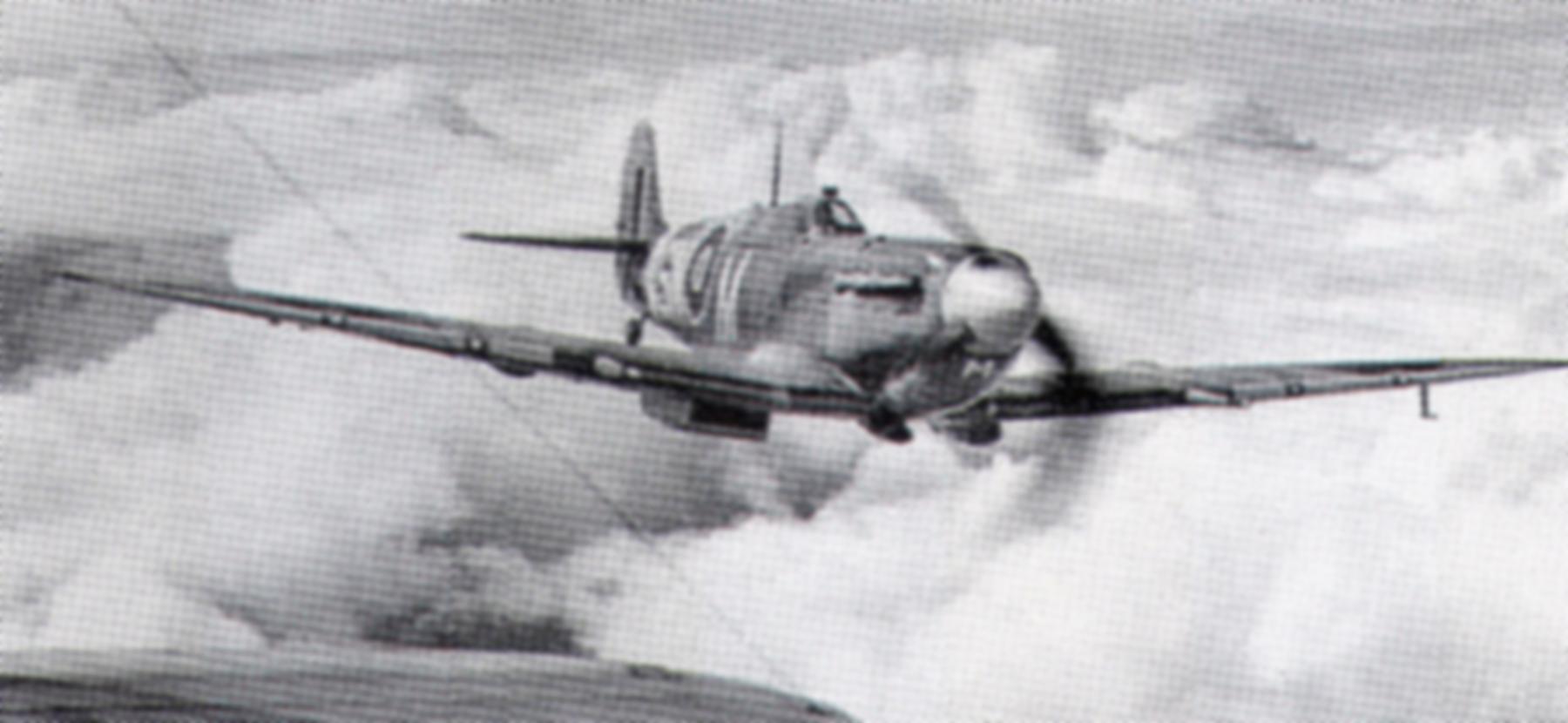 Spitfire MkV RAF Code M 01