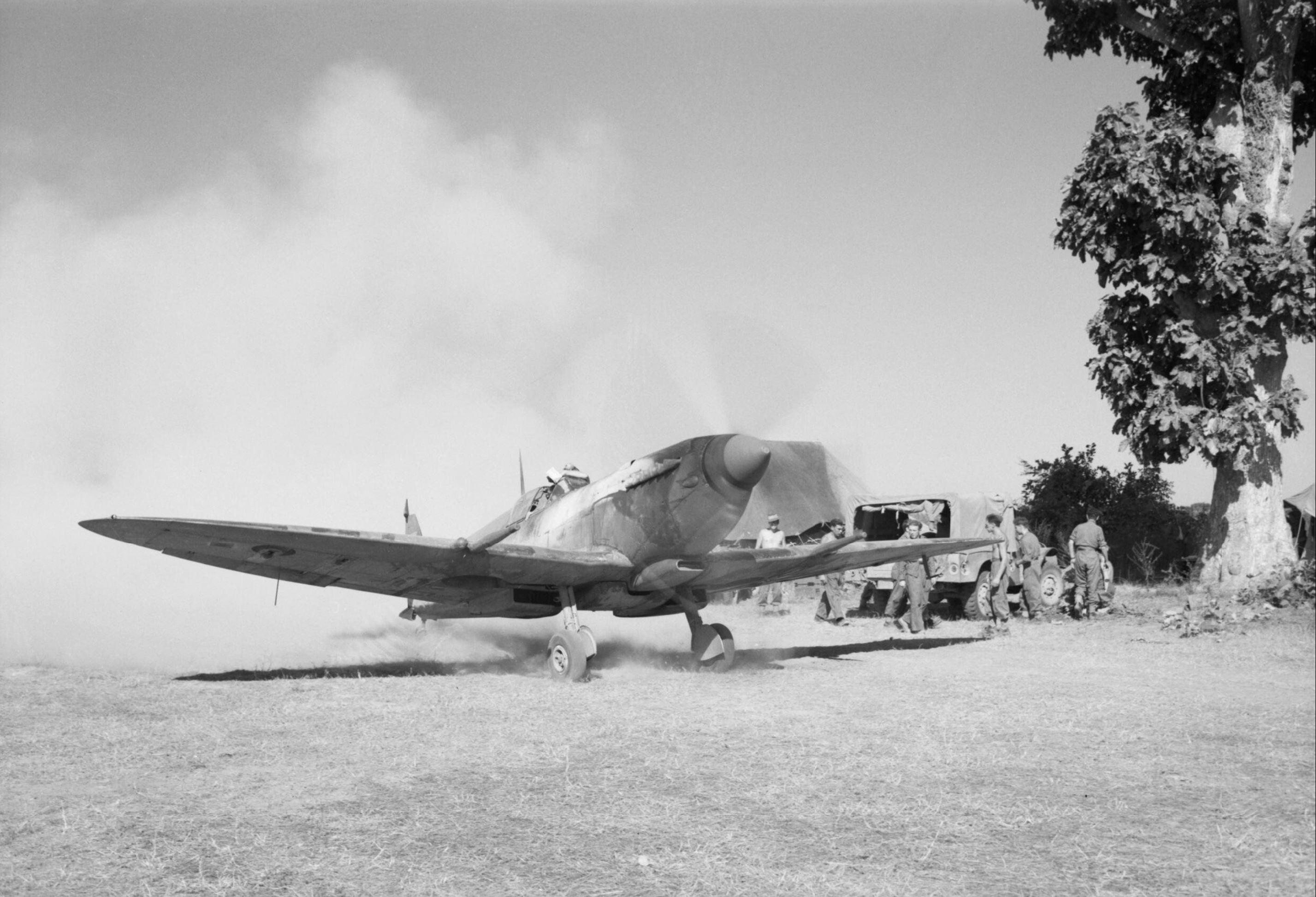 Spitfire MkVIII RAF 155Sqn at Tabingaung 1944 IWM CF271