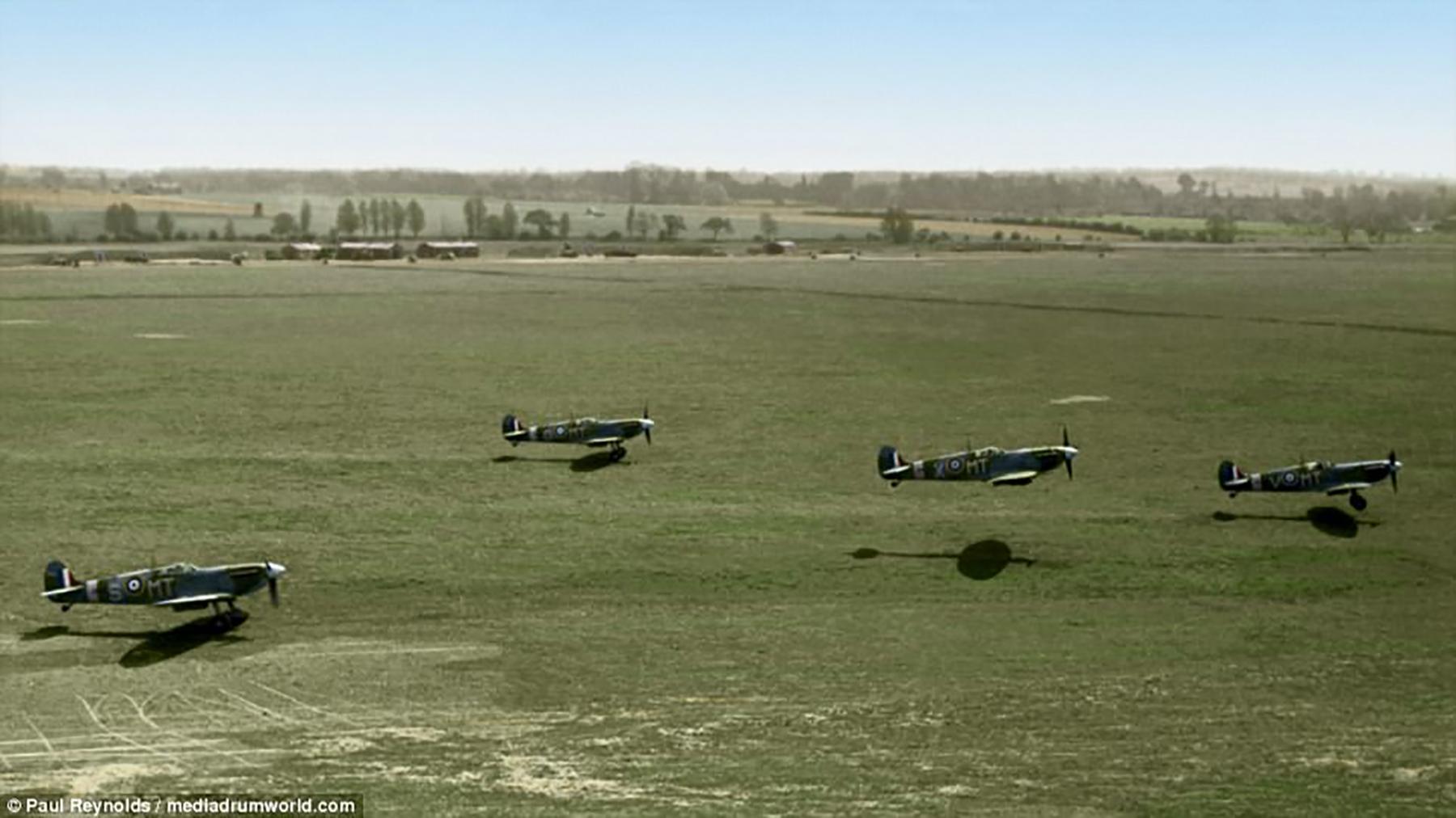 Spitfire MkVb RAF 122Sqn MTX MTV MTS MTO are taking off Hornchurch Essex 1942 01