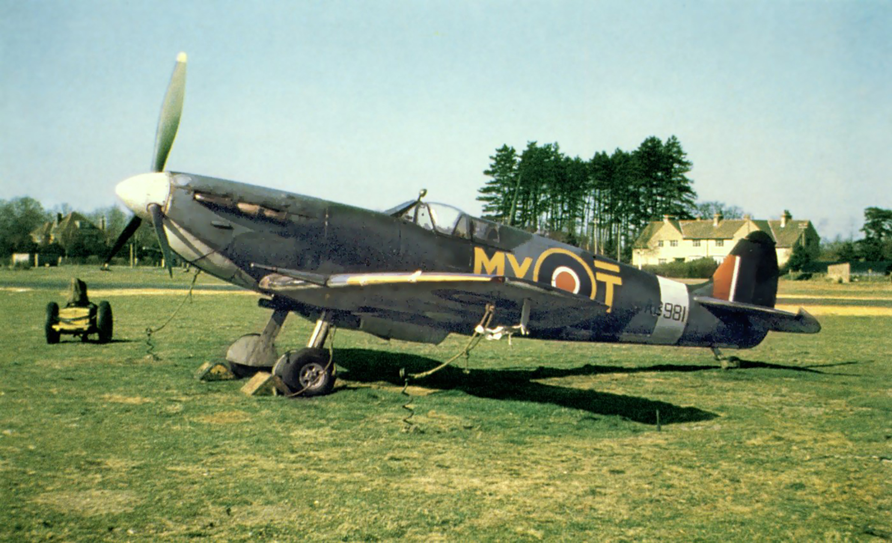 Spitfire MkVb RAF ASR 278Sqn at Martlesham Heath 1944 01