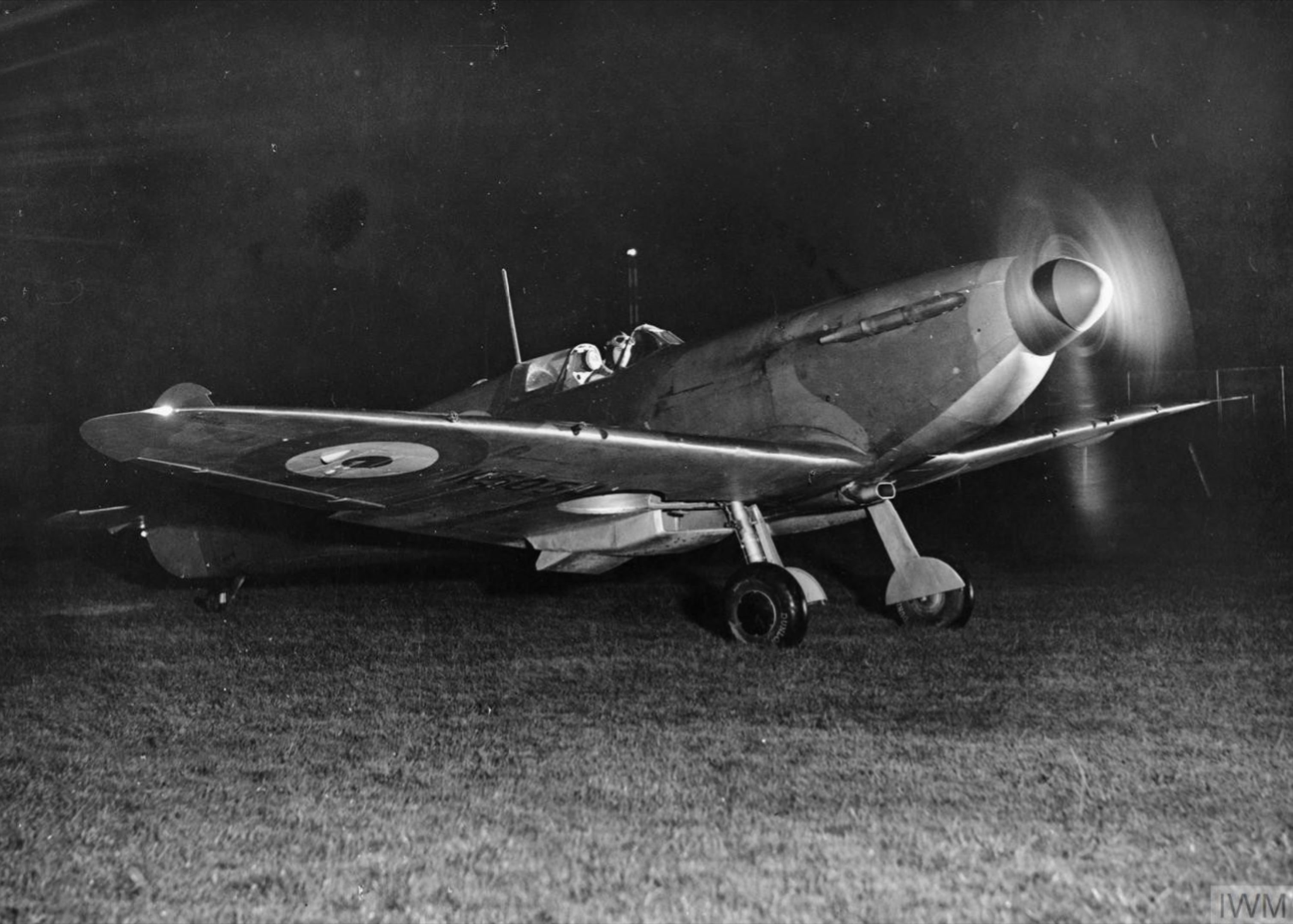 Spitfire prior to taking off on a night op Sep 1940 IWM HU10445