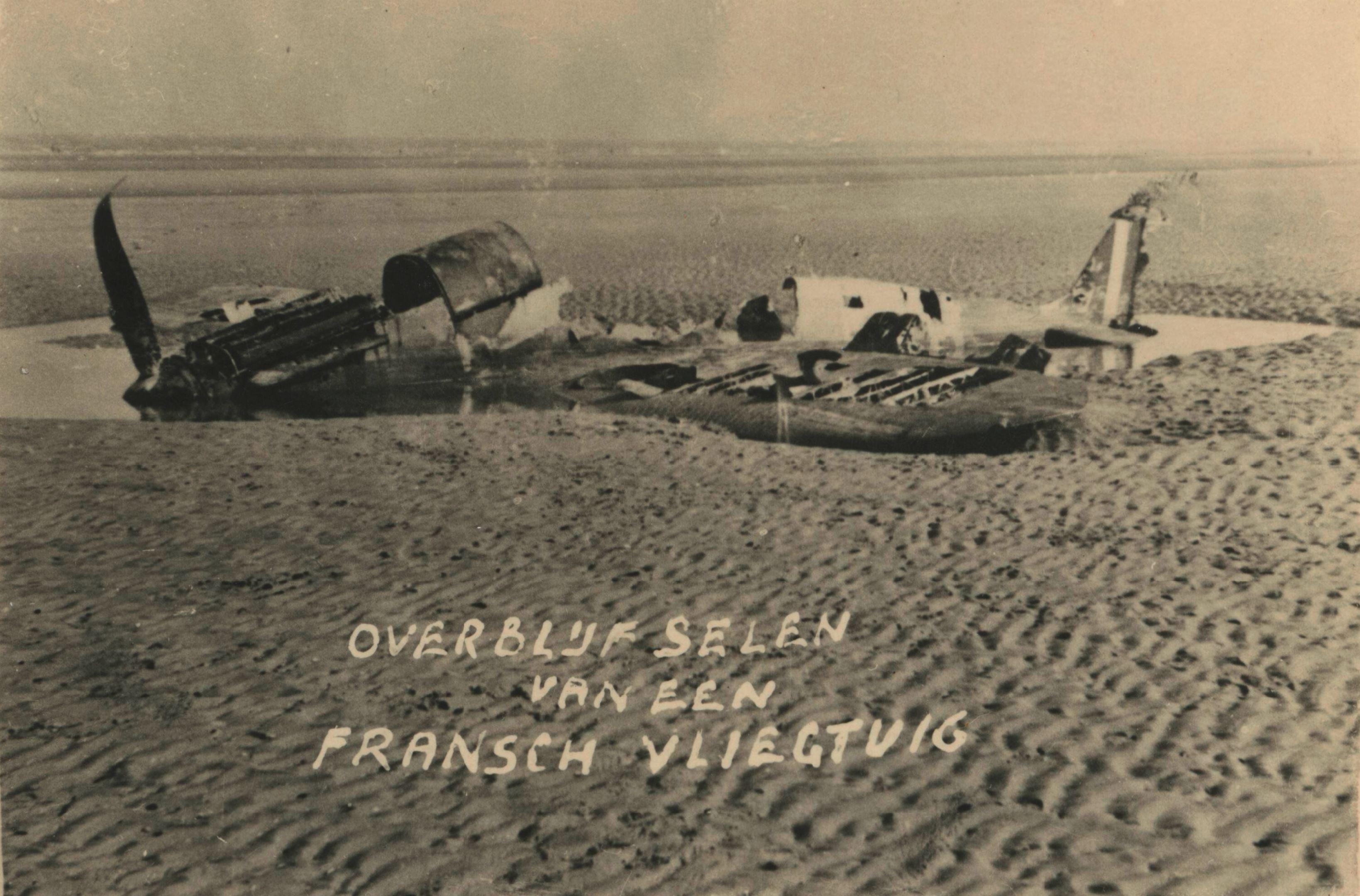 Spitfire shot down over Holland 1939 40 NIOD