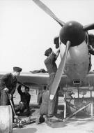Asisbiz Spitfire MkI being rearmed at Biggin Hill Sep 1940 IWM HU104500