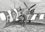 Asisbiz Spitfire MkIX RAF 1416 Flight DPR possibly Hendon Jun 1944 01