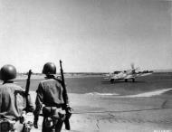 Asisbiz Spitfire MkIX RAF 93Sqn HNA Sicily 24th July 1943 01