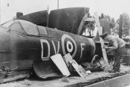Asisbiz Spitfire MkVb RAF 129Sqn DVF W3824 sd over France pilot POW 27th Sep 1941 IWM HU86316