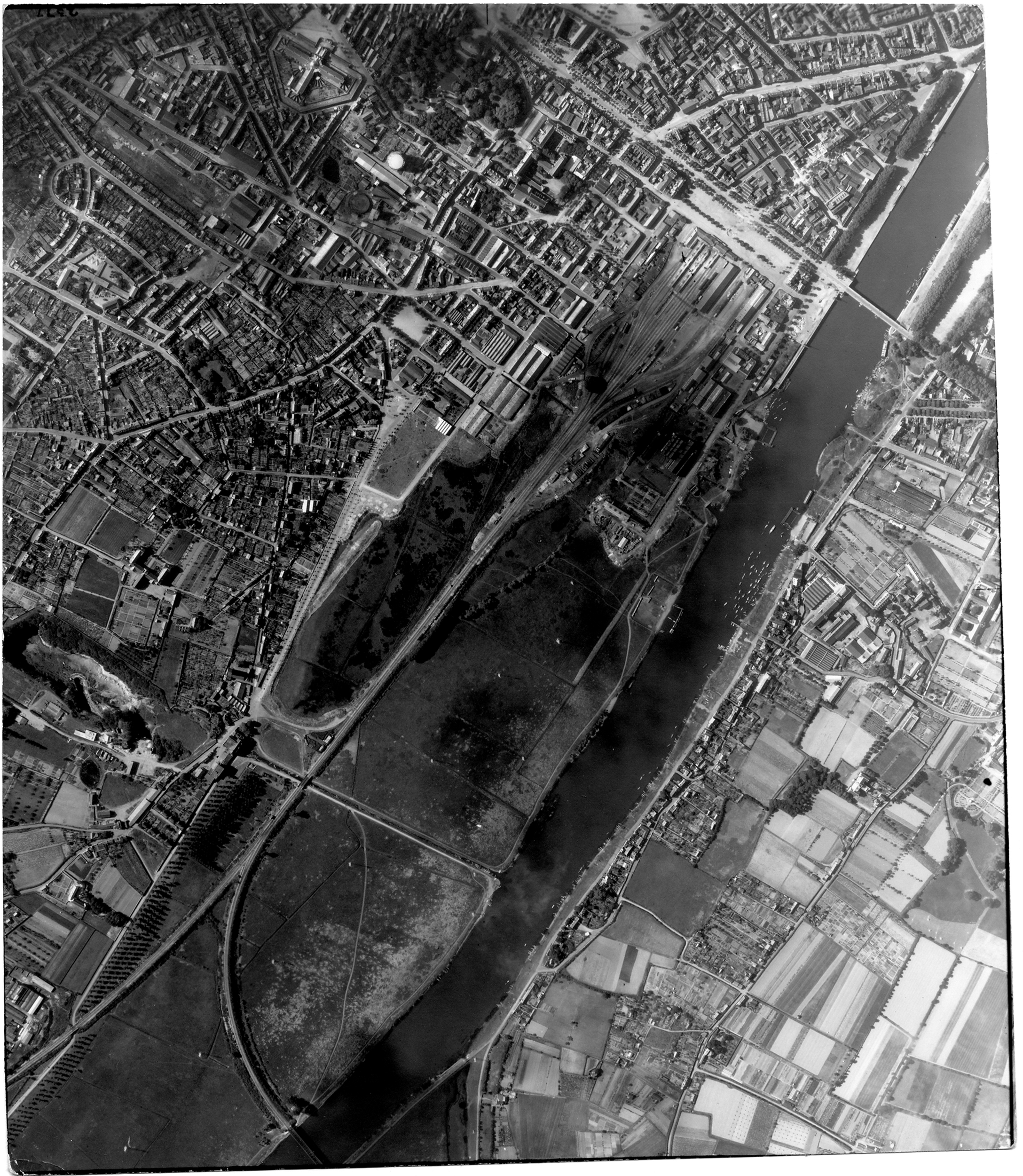 USAAAF 7PG22FS aerial recon photo to Angers France June 12 1944 03