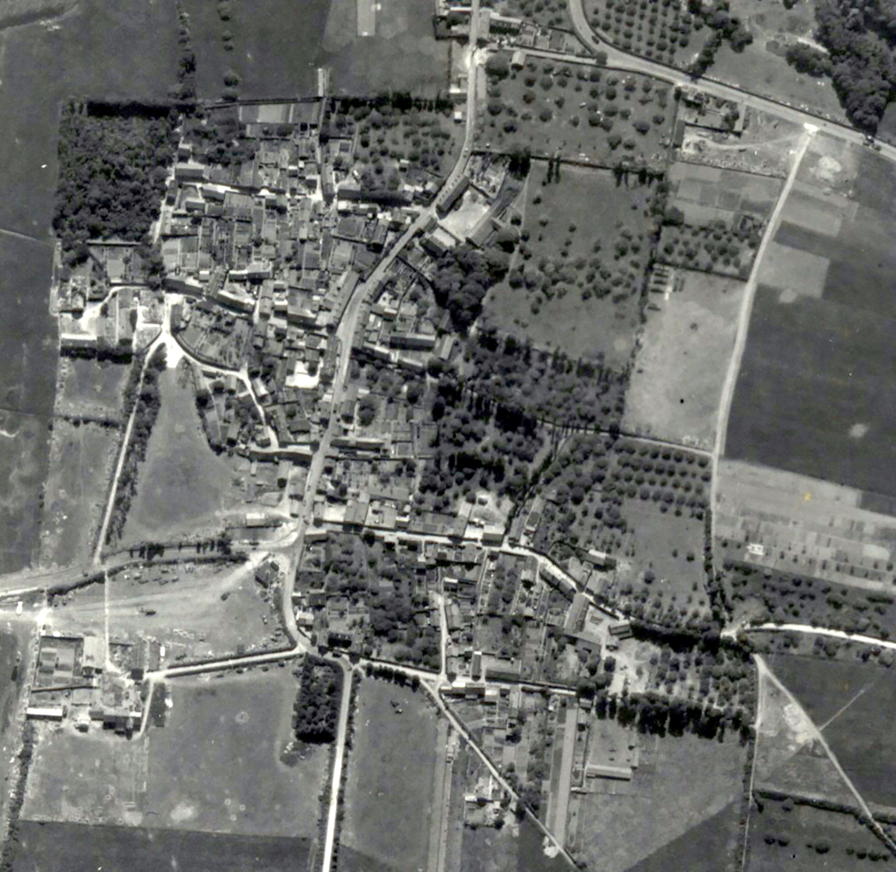 USAAAF 7PG22FS aerial recon photo to Barrage Balloons Juno Beach area France June 12 1944 02