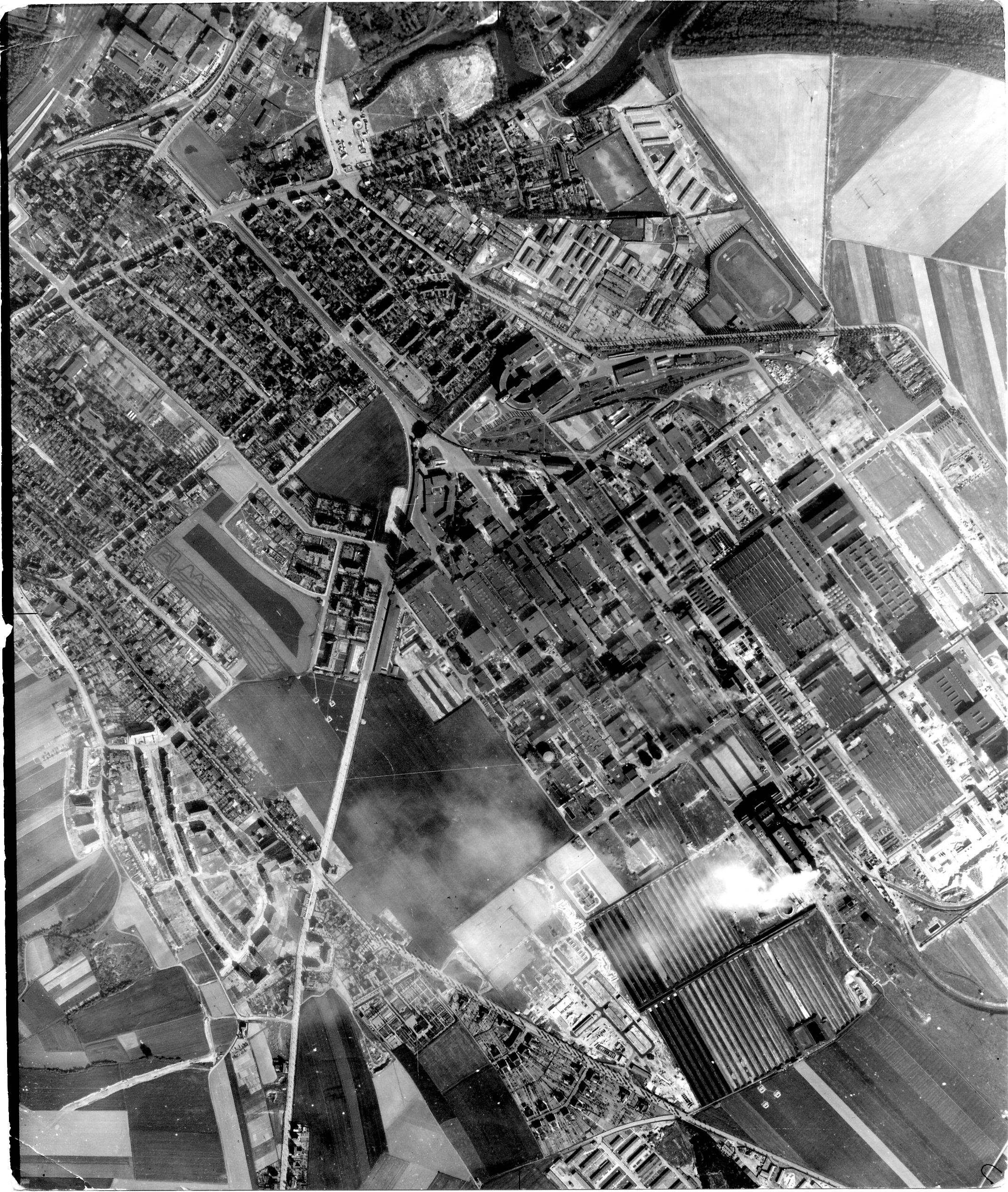 USAAAF 7PG22FS aerial recon photo to Bitterfeld 3 Germany May 30 1944 01