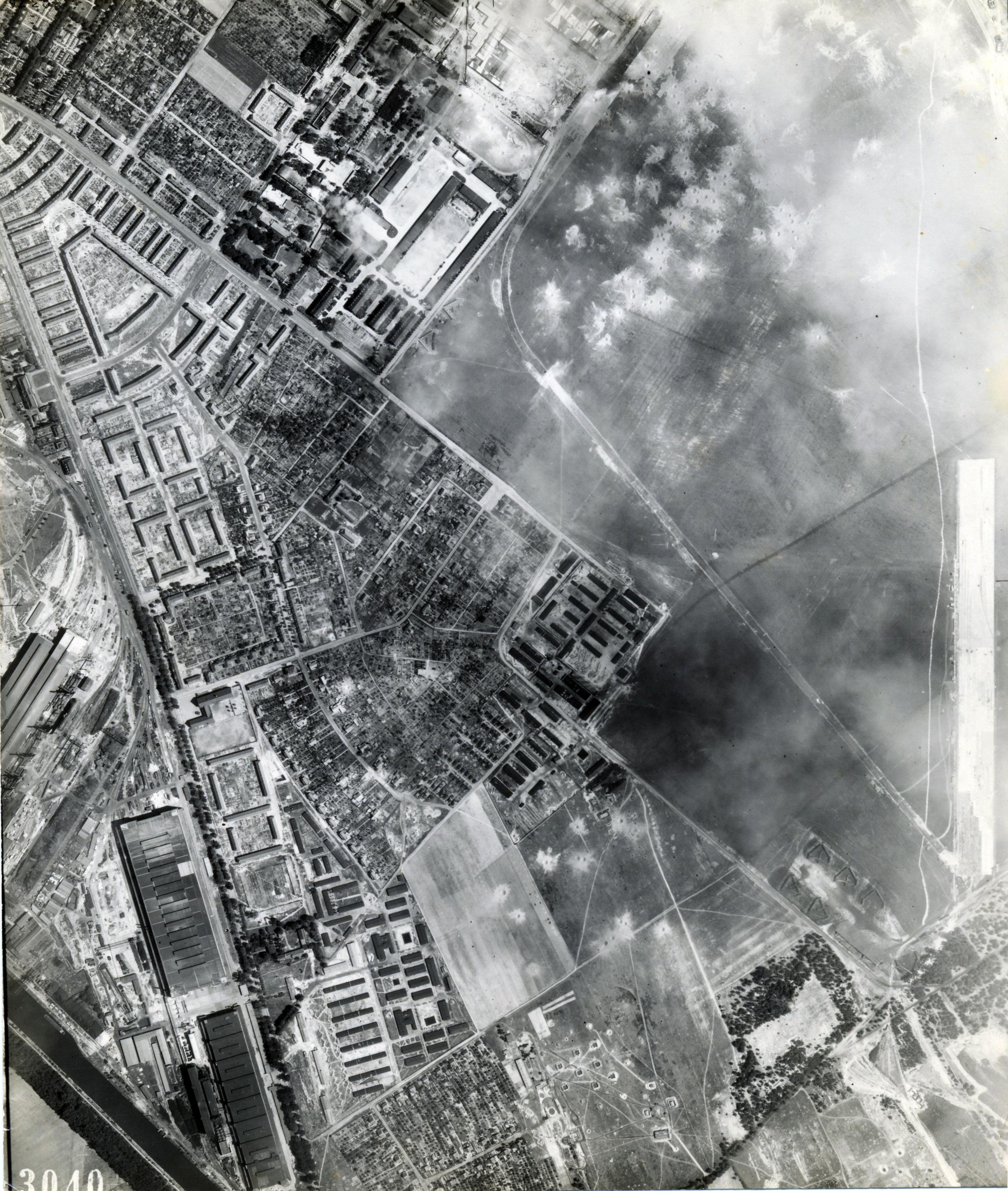 USAAAF 7PG22FS aerial recon photo to Brandenburg Neuendorf Airfield August 6 1944 01